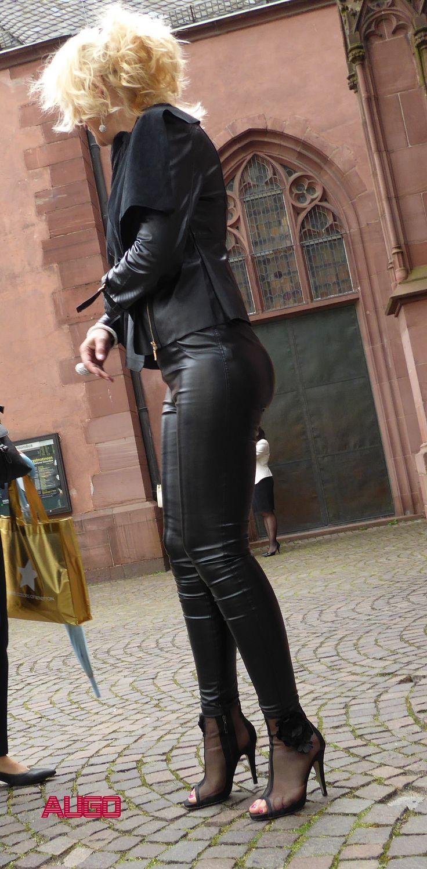 Viser pornobilleder til læder leggings fødder Porno Www-8910