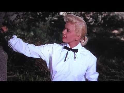 "Doris Day sings ""Secret Love"" from ""Calamity Jane"" (1953) - YouTube"