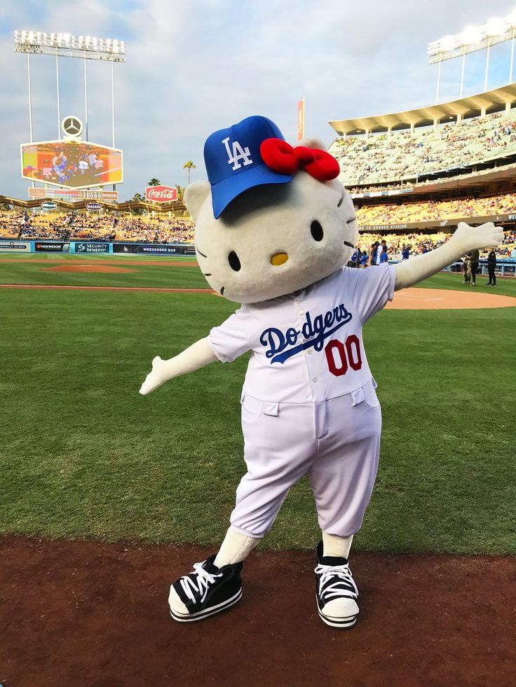 Batter up, Los Angeles! Hello Kitty will be joining the Dodgers for a night of baseball on 9/25! Hello Kitty, July 2017