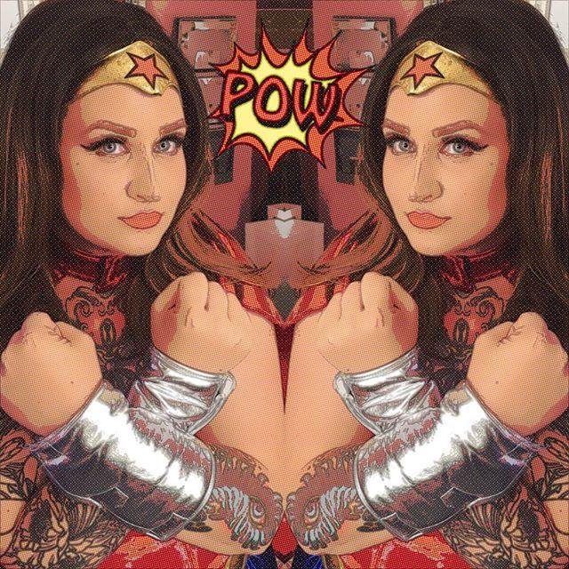 Suddenly I became #wonderwoman 🙀😻👊🏼👊🏼👊🏼💋#makeup #makeuplook #motd #look #lotd #fashion #style #styling #cosplay #costume wonder woman makeup
