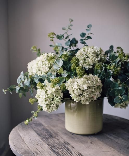 Utterly gorgeous. Discover this understated yet striking faux flower arrangement from Fox Flowers. Shop now.