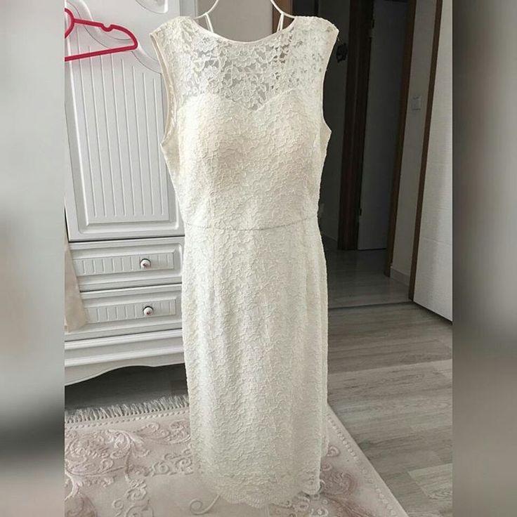 """"""" ��: nikah elbisesi, 1 kere kullanildi. ��: 38/40 ��: 200 tl ��: @bsrymtgn ��: Elazığ  #istanbul#izmir#ankara#taksim#beyoglu#abiye#elbise#satilik#ikinciel#siyah#kizlar#abiyemodelleri#gecekiyafeti#trend#düğün#kina#bayangiyim#giyim#nisan#söz#nikah#eglence#2017#tasarim#butik#alisveris#onlinealisveris#kombin#mezuniyet#partydress http://turkrazzi.com/ipost/1515970696763760027/?code=BUJz1EWgV2b"""