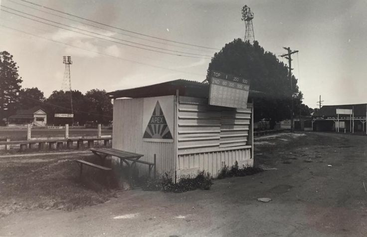 A little raffle stand at the old Toowoomba Showgrounds.  The most important sign here is the APEX insignia. It was here that many young men obtained their first taste of community service which stayed with most for the next 50 years..