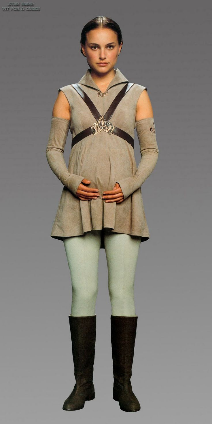 Padme's Mustafar pregnancy outfit - Star Wars: Episode III - Revenge of the Sith (2005).