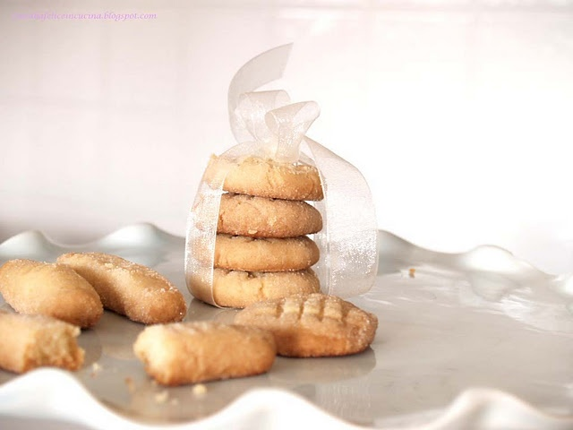 biscotti di maionese.....
