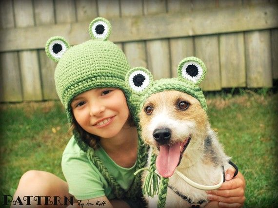 Or torture both your kid AND your dog. Frog set for Kid and Pet, 2 crochet pattern set for all sizes, by FashionPatterns of London, Ontario