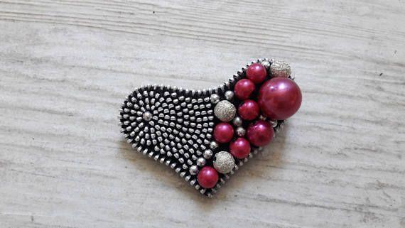 Heart brooch Cute heart brooch Zipper heart Brooch with beads