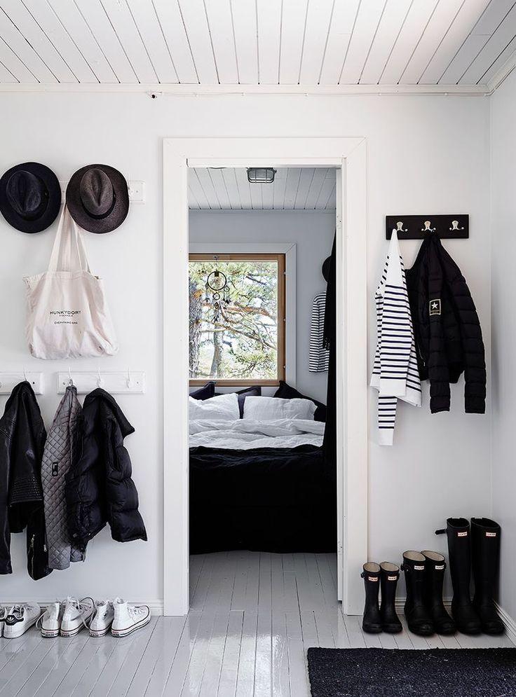 Black and white beach house style Mrs Jones blog
