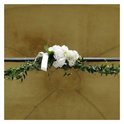 composizione fiori ingresso chiesa fotografia di matrimonio maisonstudio ©