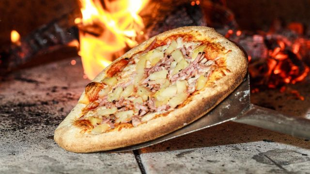 Whistler Wood Fired Pizza Company: This week's schedule