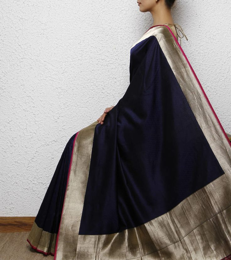 Navy blue Silk Handwoven Saree