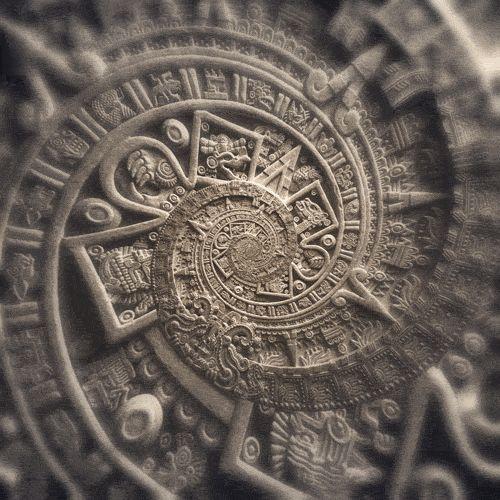 """De acordo com este levantamento dos Maias, o fim do mundo de fato deveria ocorrer em 2017.  Fim do mundo será em dia 21 de agosto de 2017  Um grupo de teólogos americanos, de acordo com citações do livro de Apocalipse, indica que o fim do mundo será em 2017. A Terra ficará em total escuridão e o fim chegará. Eles se baseiam na passagem: """"uma mulher, vestida de sol e com a lua nos pés""""."""