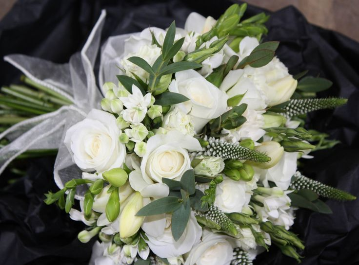 Country, white, bridal bouquet by Paperwhite Flowers www.paperwhiteflowers.co.uk