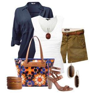 С чем носить коричневые босоножки: белый топ, синяя рубашка, шорты цвета хаки