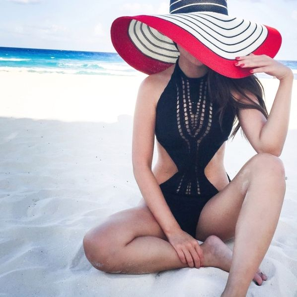 Summer will be here sooner rather than later so now is the perfect time to start planning a variety of beach outfits for your next vacation. Step up your beach style game with these beach outfit ideas!