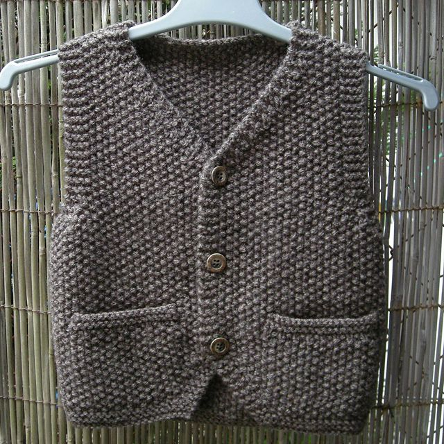 Ravelry: 468 - Gilet sans manches pattern by Bergère de France