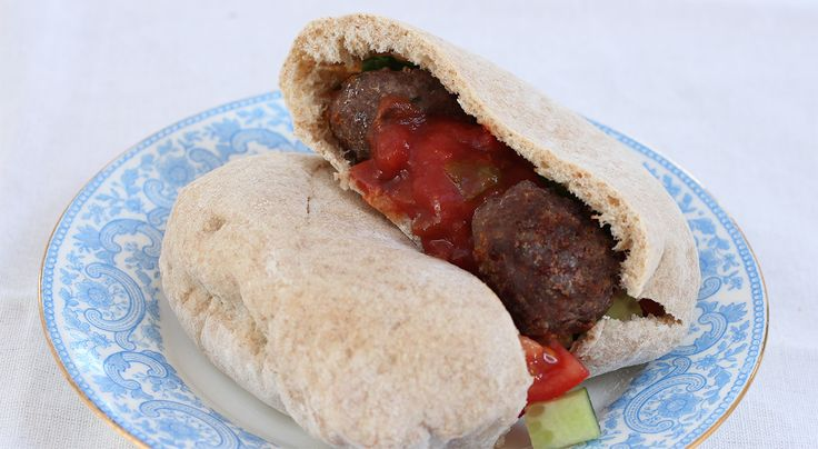 287 calories This scrummy recipe works really well with shop-bought or home-made pitta breads. My kids absolutely love it too. The recipe makes enough meatballs to serve six people. I like to make ...