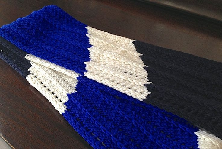Parallelity Scarf in fun school colors.