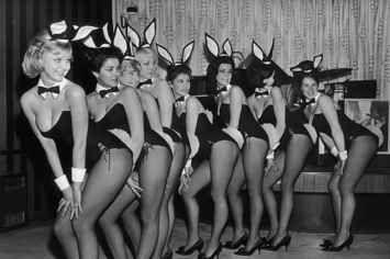 21 Fotos retros de las Conejitas Playboy que enamorarán a más de uno