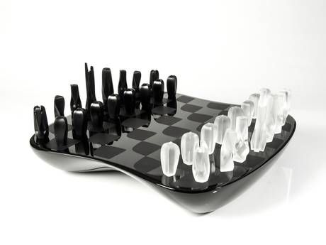 Hadid's £4,860 chess set