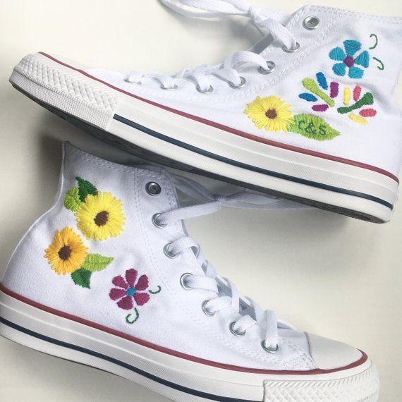 2converse flores bordadas