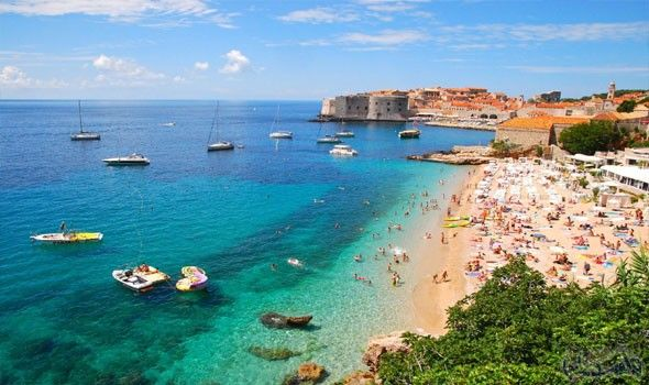 تعرف على أجمل شواطئ كرواتيا لقضاء صيف رائع Croatia Beach Plitvice Lakes National Park Croatia Travel