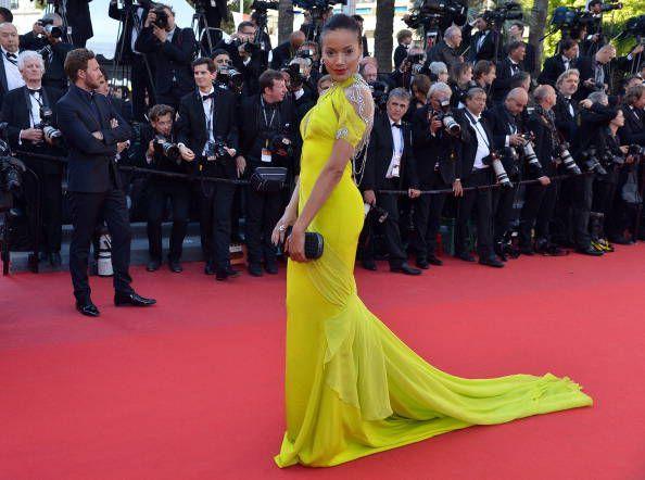 Selita Ebanks in abito lime