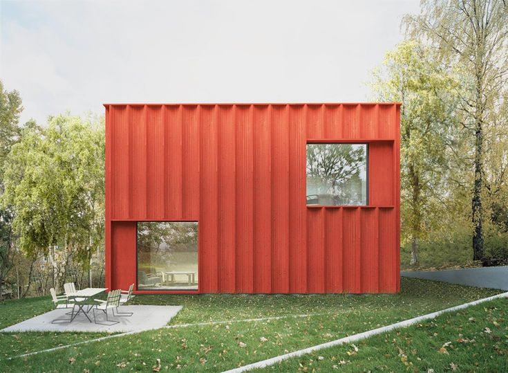 This red cottage was designed based on statistical analysis of 2 million people