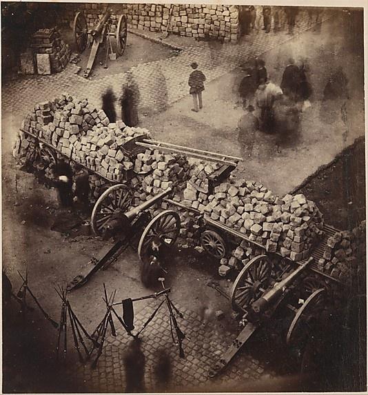 Paris, barricades de la Commune, Avril 1871, coin de la place de l'Hôtel de Ville & de la rue de Rivoli, MET Pierre-Ambrose Richebourg (French, 1810–1893)