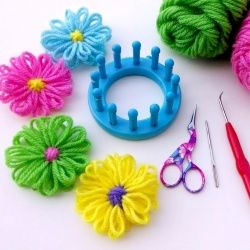 These yarny loom flowers are full of springy cheer!