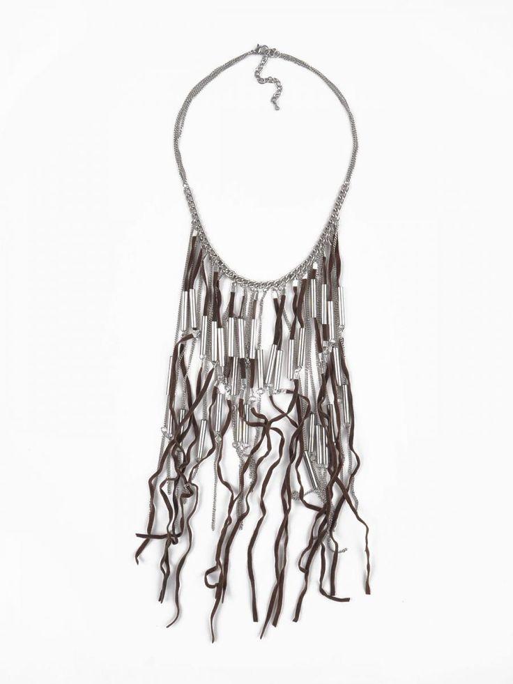 Top Secret Náhrdelník dámský Top Secret dámský náhrdelník z kolekce jaro-léto 2015. 322 Kč