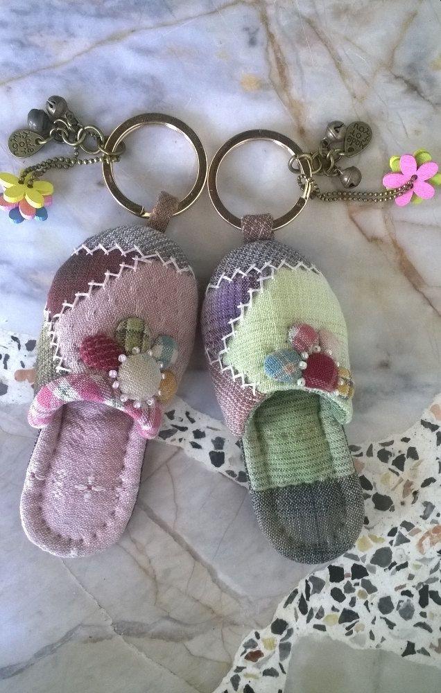 Llavero de zapato pequeño por Munkongshop en Etsy