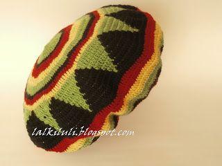 beret w kolorach reggae LALKI I SZYDEŁKO LULI: SZYDEŁKO  2