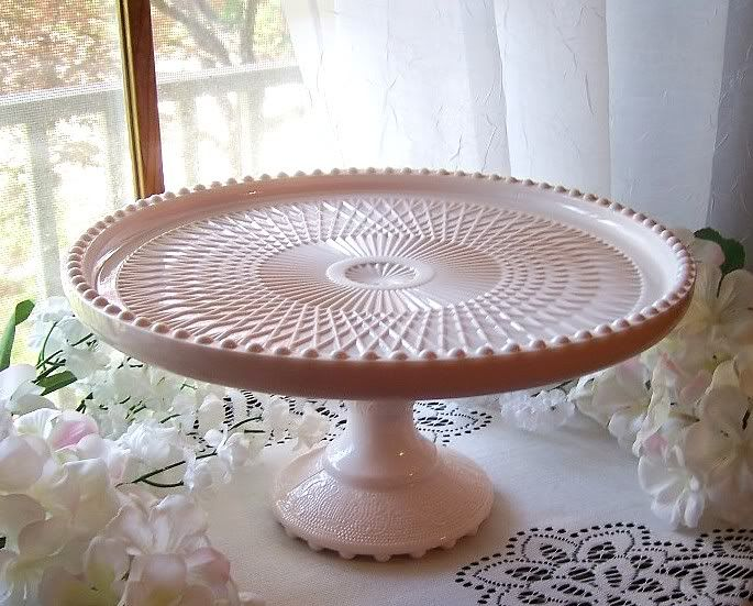 Image detail for -EXQUISITE JEANETTE HARP SHELL PINK MILK GLASS PEDESTAL CAKEu2026 & 527 best cake stands plates and domes images on Pinterest | Cake ...