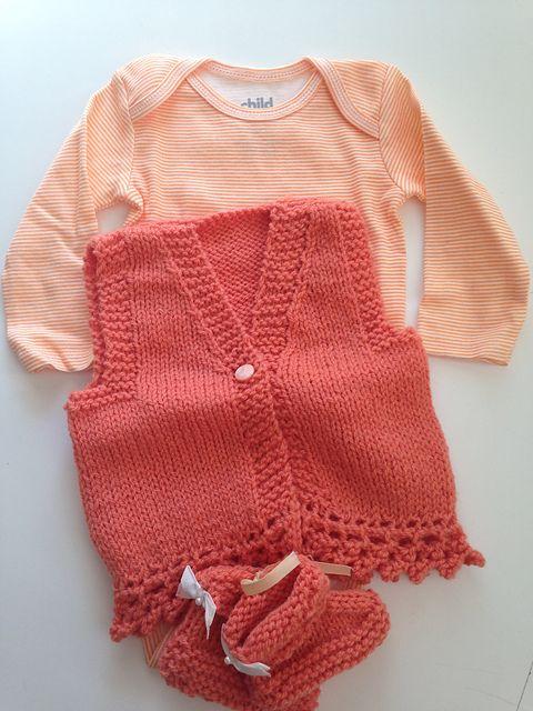 01bf0bfa5 Free Pattern  ENYA Baby Gilet Waistcoat