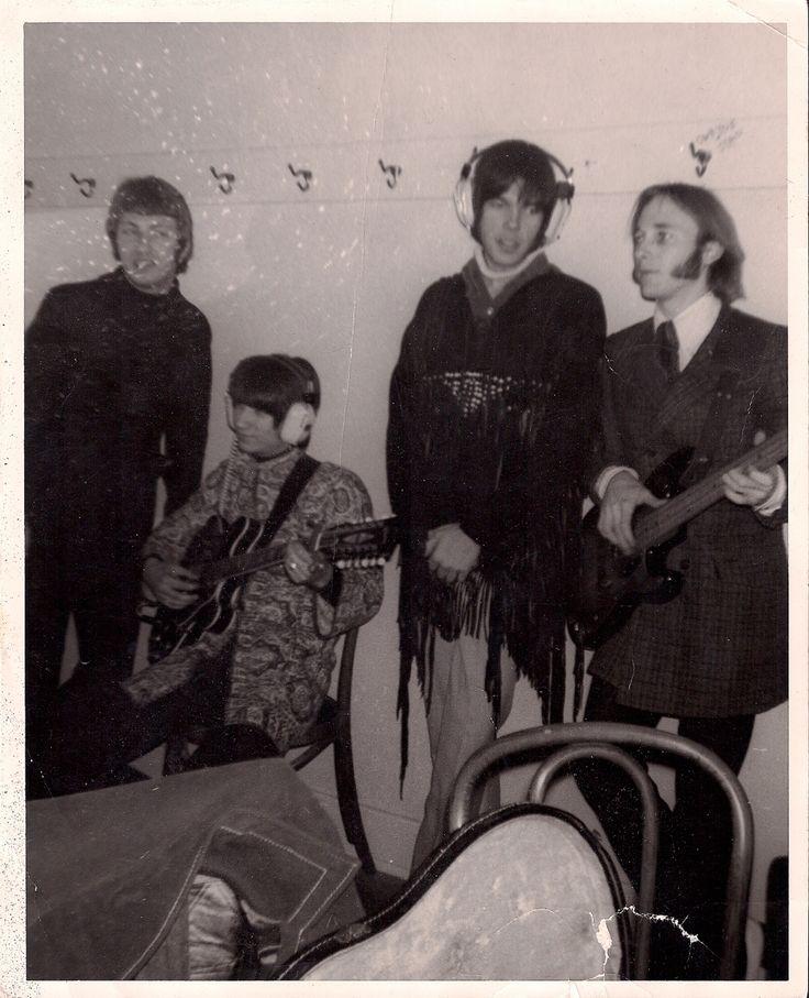"crosbystillsnashyoung: "" Dewey Martin, Richie Furay, Neil Young, and Stephen Stills of Buffalo Springfield, 1967. """