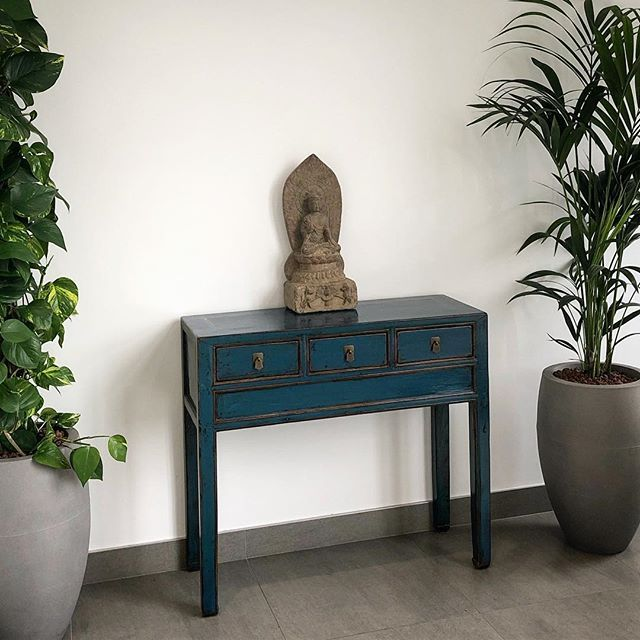 Blue Restored Antique Chinese Console Table Www Nookdeco Co Uk Nookdeco Chinesefurniture Antiquechinesefurniture Int Chinese Furniture Console Table Decor