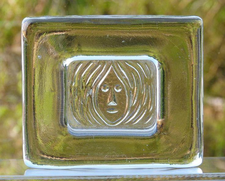 Retro 1960s ERIK HOGLUND Art CLEAR GLASS Relief FACE DISH Kosta BODA Sweden