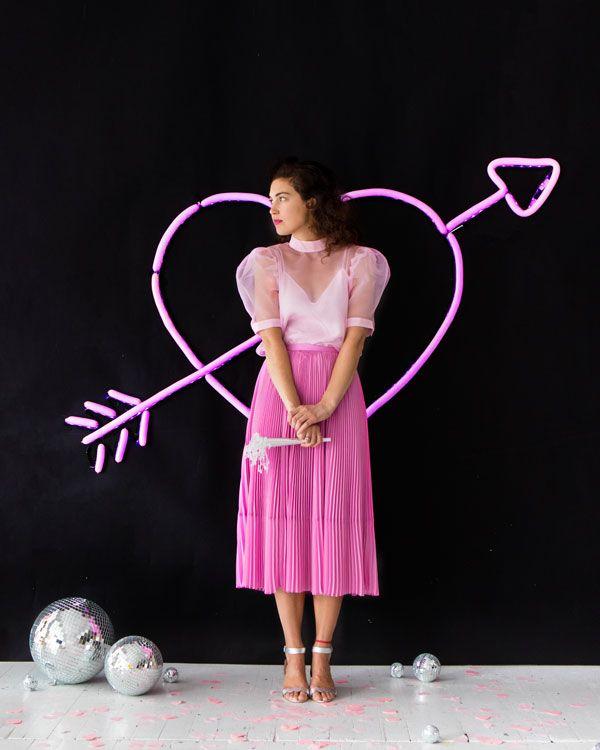 Neon Heart Balloon Wall | Oh Happy Day!