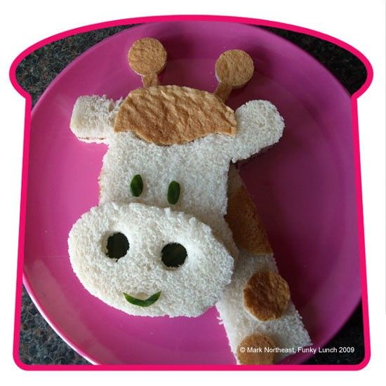 Giraffe Sandwich - This makes me want to have a Giraffe party today!
