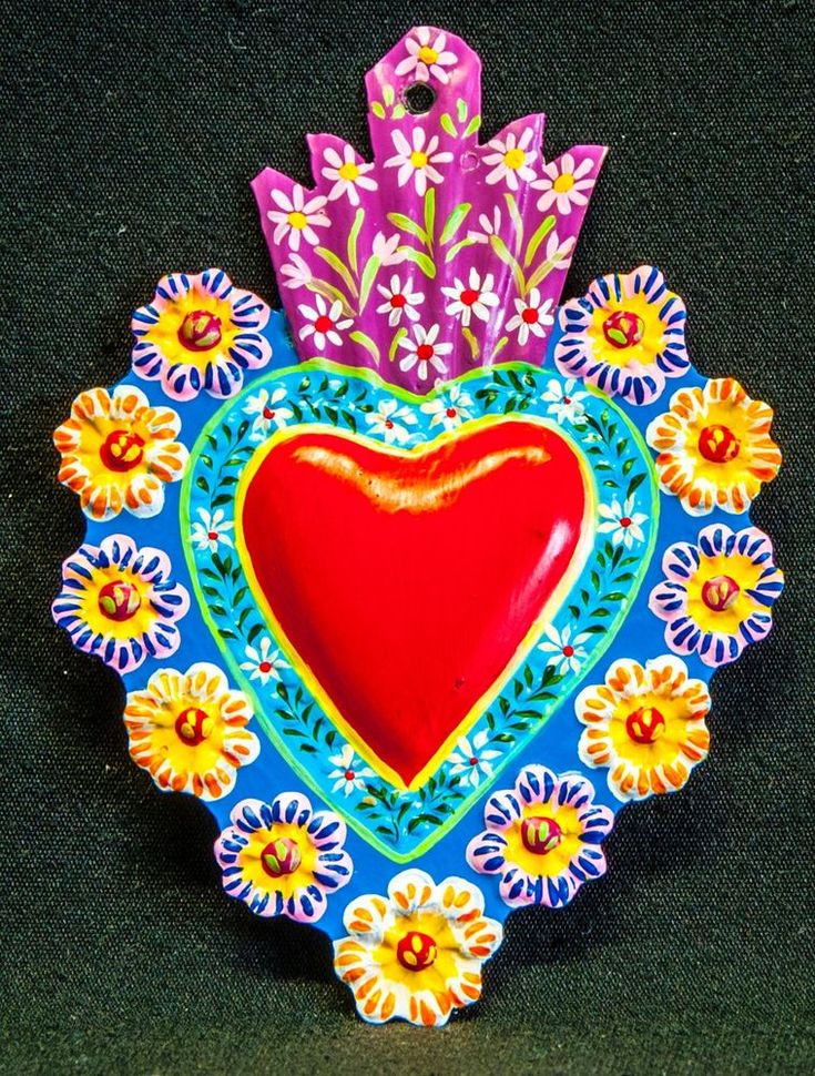 HAND PAINTED  PUNCHED TIN HEART MILAGRO PERUVIAN FOLK ART