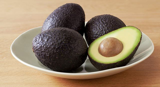 Anchovy-free avocado Caesar salad dressing