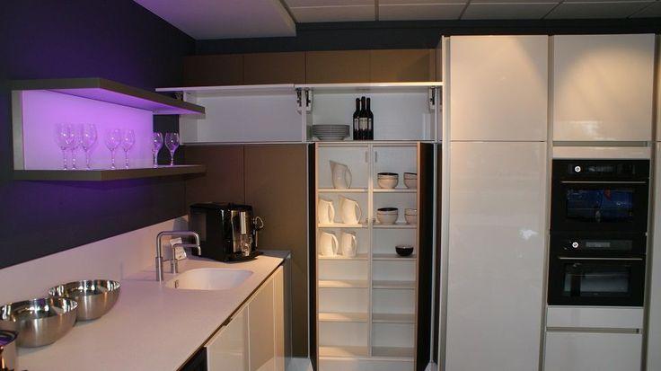Showroomkeukens   Alle Showroomkeuken aanbiedingen uit Nederland keukens voor zeer lage keuken prijzen   SieMatic S2 [48686]