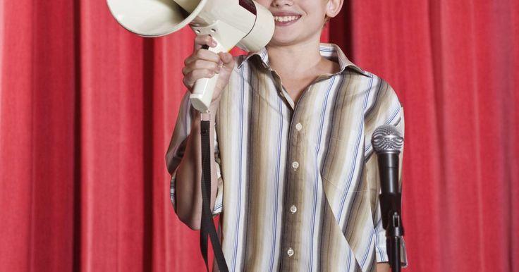 Ideas para discurso de consejo estudiantil de primaria. Lanzarse para el consejo estudiantil de la primaria puede ser una actividad aprensiva para los niños pequeños. Pueden estar nerviosos hablando delante de sus compañeros de clase, y no estar seguros de las tareas que incluyen ser un miembro del consejo estudiantil. A los estudiantes que compiten por el consejo se les pedirá en algún momento que ...