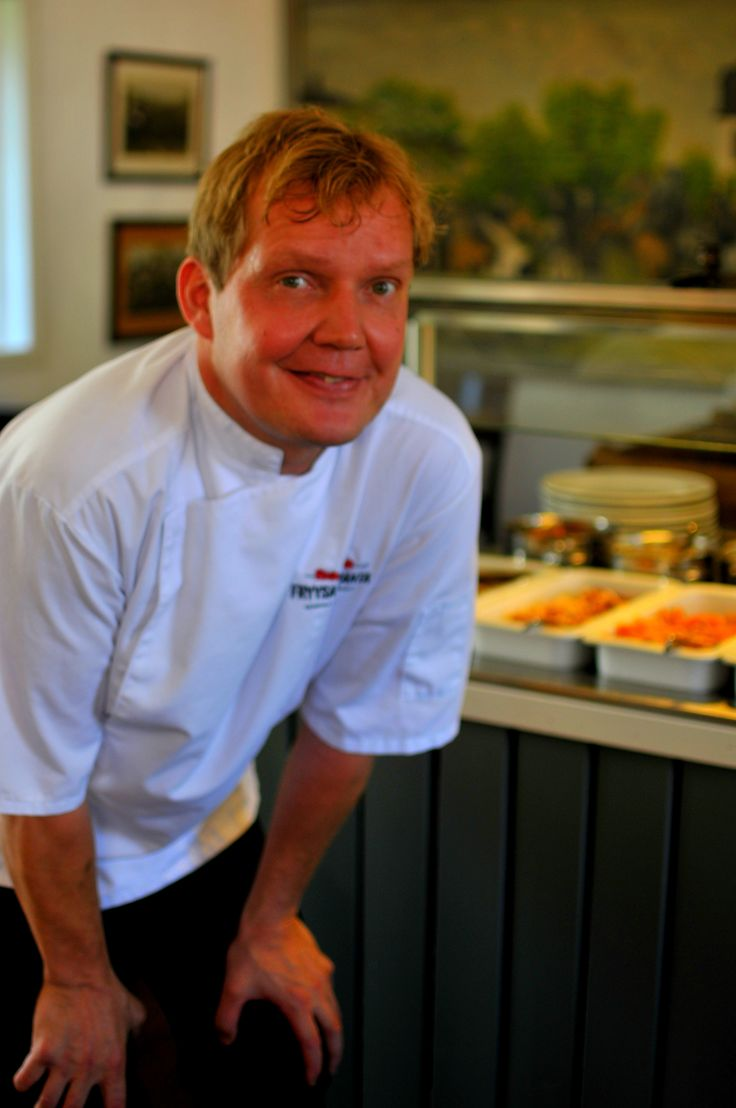 Never heard of a Fish Buffet? Well, now you have! Restaurant Fryysarinranta offers salmon, baltic and atlantic herrings (lohi, silakka, silli) in many different forms. Henri Janson welcomes you with a happy smile! Welcome! www.visitporvoo.fi