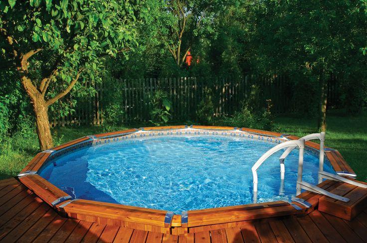 Faites de votre piscine l l ment d coratif central de for Piscine trevi