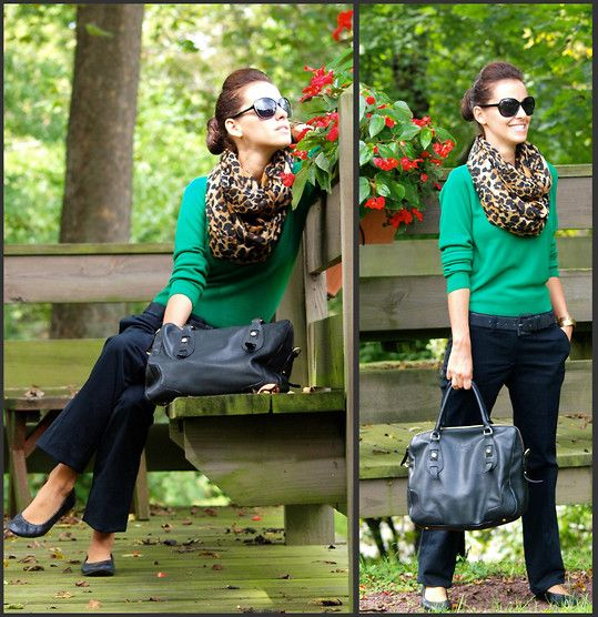 I wore ballet flats & a leopard scarf like this yesterday, so naturally, I like this. A lot. ;): Green Sweater, Fashion, Style, Leopard Scarf, Leopards, Scarfs, Work Outfit, Leopard Prints