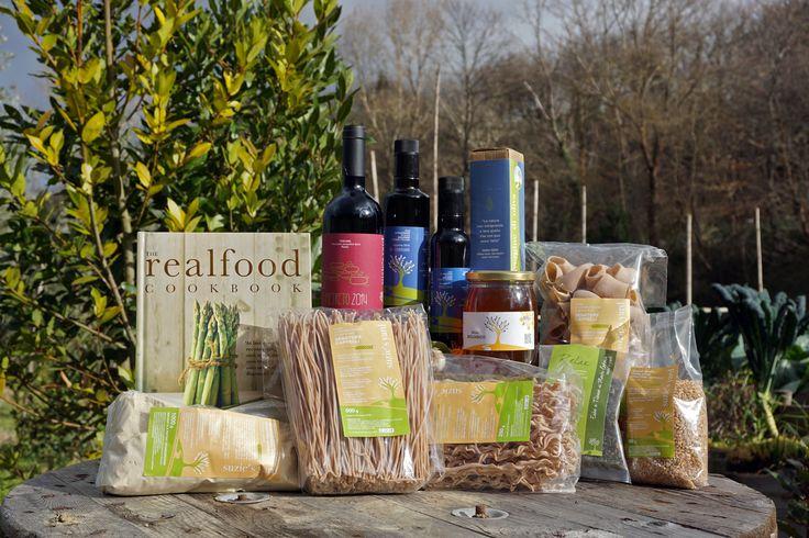 Suzie's Yard Organic Farm Products. Design grafico realizzato per la linea di prodotti BIO Suzie's Yard!  #organicfood #italy #biofood #tuscany #disgrafica #suziesyard #cetona