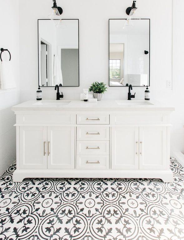 4574 S Griswold St Gilbert Az 85297 Zillow Bathrooms Remodel Bathroom Remodel Master Small Bathroom Decor