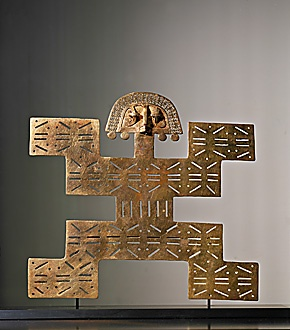 AMERICAN INDIAN FOLK ART ARTFORM: GOLDWORK 15TH CENTURY  Pectoral,from the Tolima region in Columbia. Metalwork in lost wax process (cire perdue). Alloy of gold,copper and silver,24,4 x 25,7 cm Inv.6.029.  Museo del Oro, Santafe de Bogota, Columbia